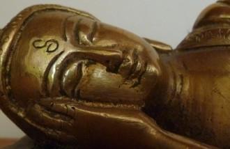 5 Buda Deitado